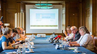 Conf de presse bilan Assises, Foto Lex Kleren