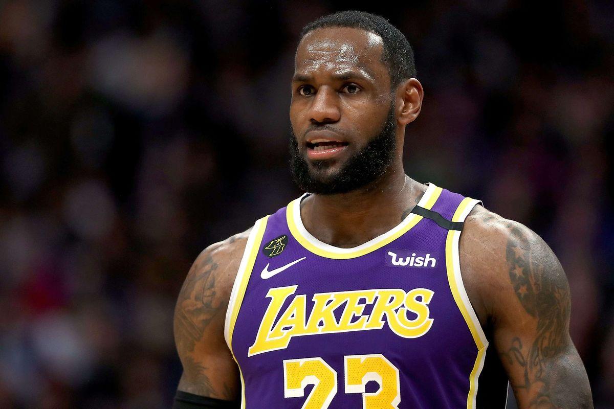 LeBron James entscheidet sich für die Rückennummer 2 - die Nummer von KObe Bryants Tochter Gianna.