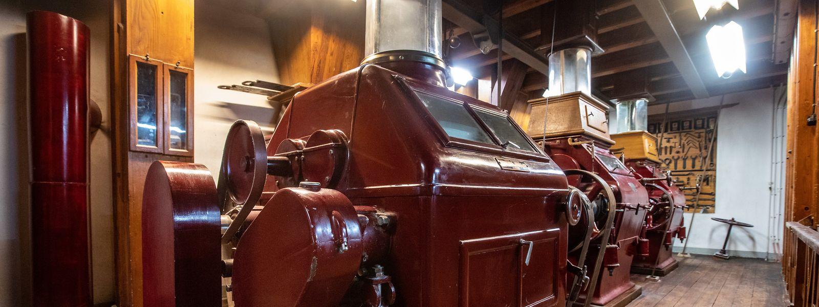 Die Maschinen einer Straßburger Mühlenbaufirma haben schon viele Jahrzehnte auf dem Buckel, sind aber noch funktionstüchtig.