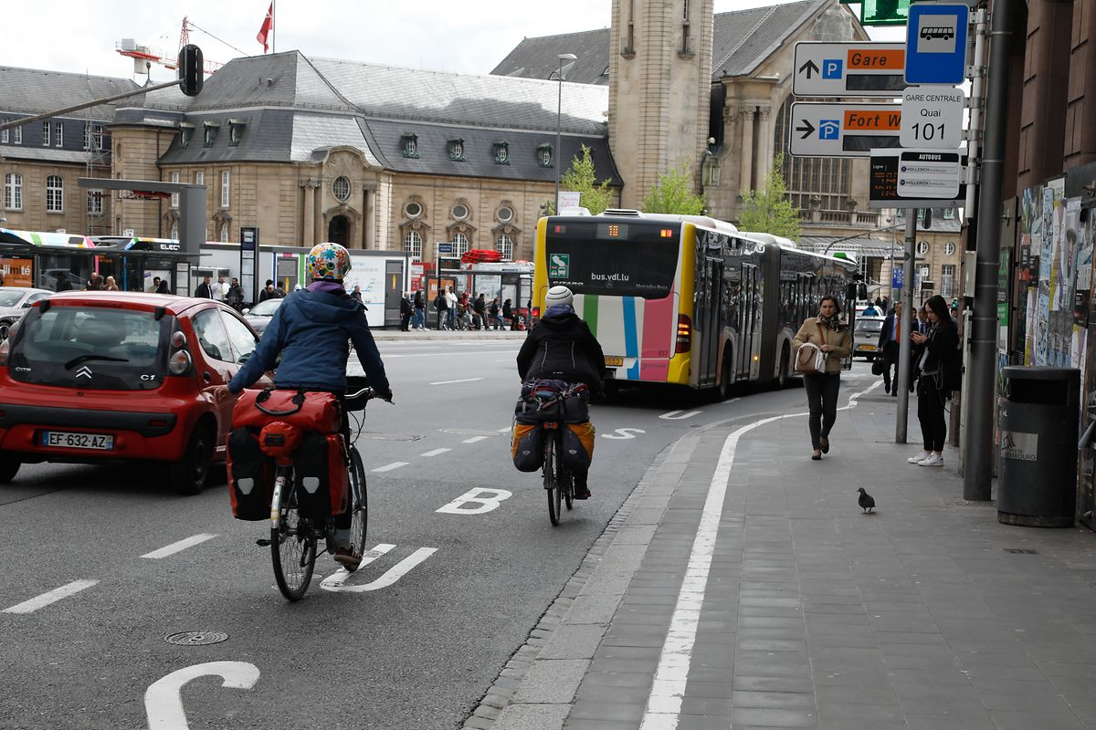 Während der Bauarbeiten wird ein Großteil der Bushaltestellen verschwinden. Mehrere Alternativen wurden geschaffen.
