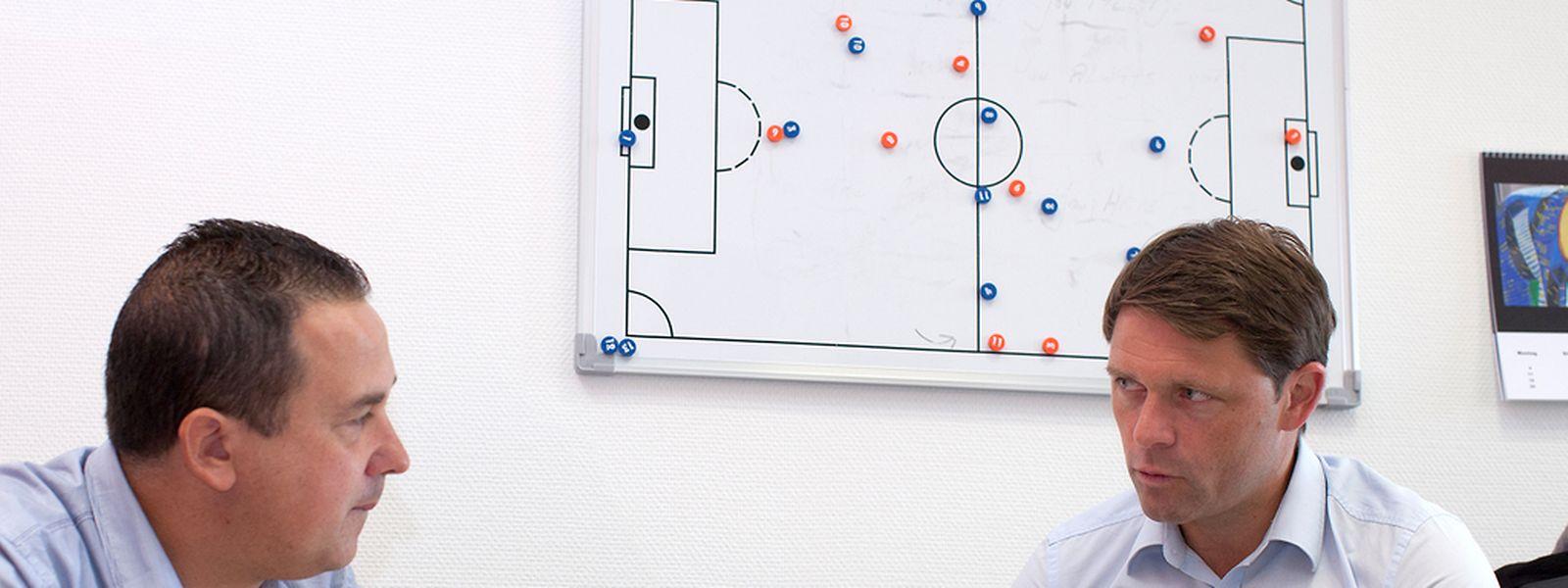 Pascal Carzaniga et le nouveau consultant du LW. Il a choisi Luc Holtz pour inaugurer sa série d'entretiens avec des personnalité du monde du ballon rond.