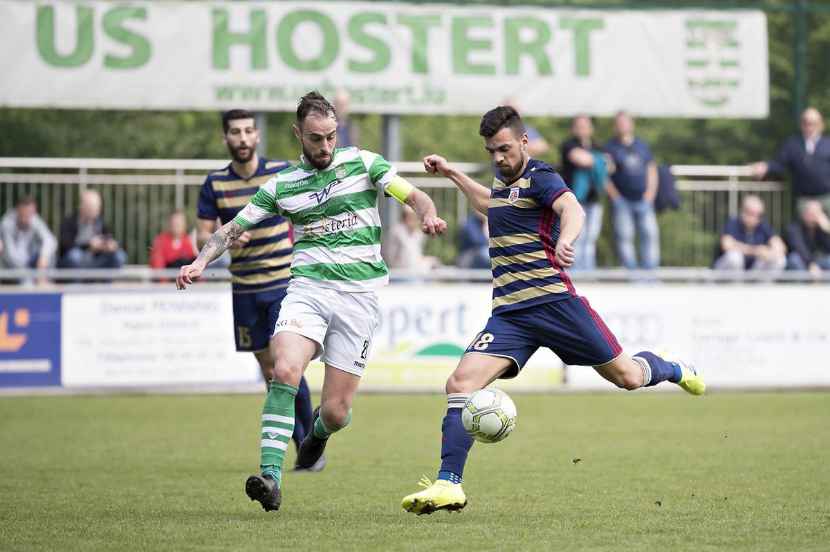 Aldin Dervisevic tente de contrer ici Dejvid Sinani. Hostert menait encore 2-1 contre le Fola à quelques minutes de la fin avant un cruel épilogue.