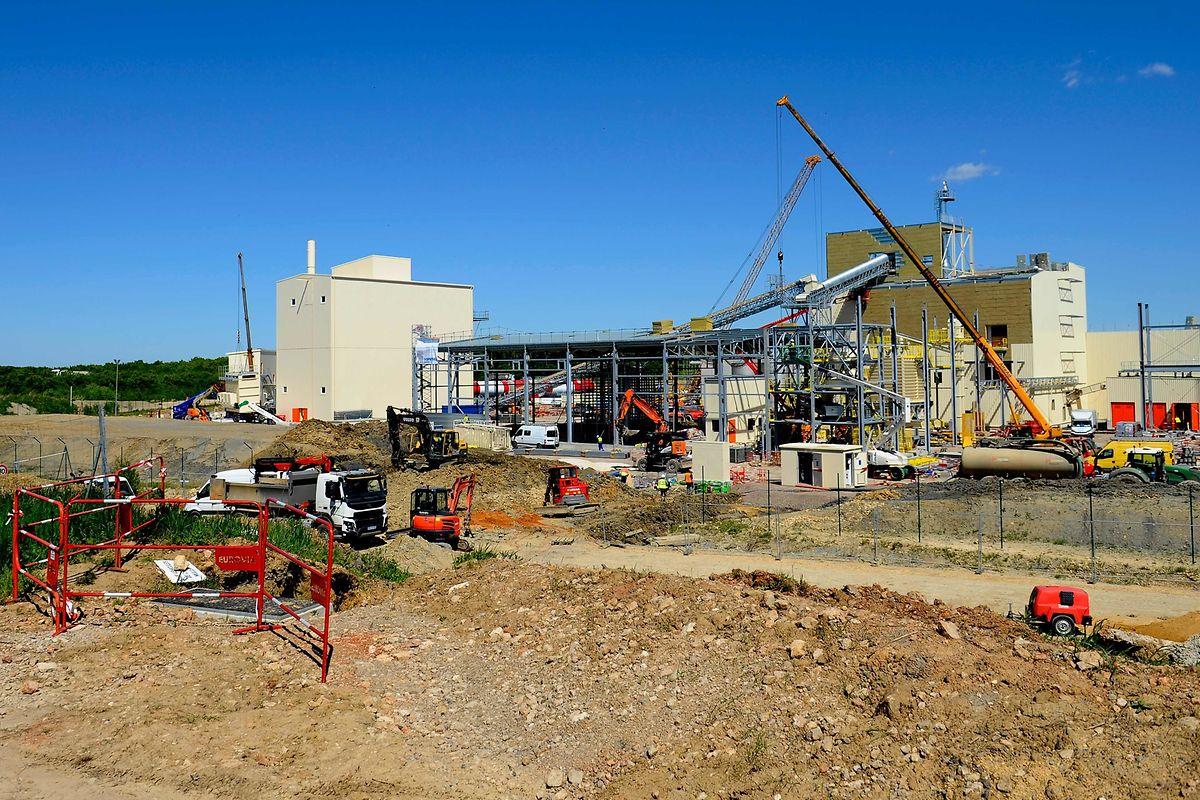 Actuellement en construction, la future usine de Knauf sera opérationnelle en septembre prochain.