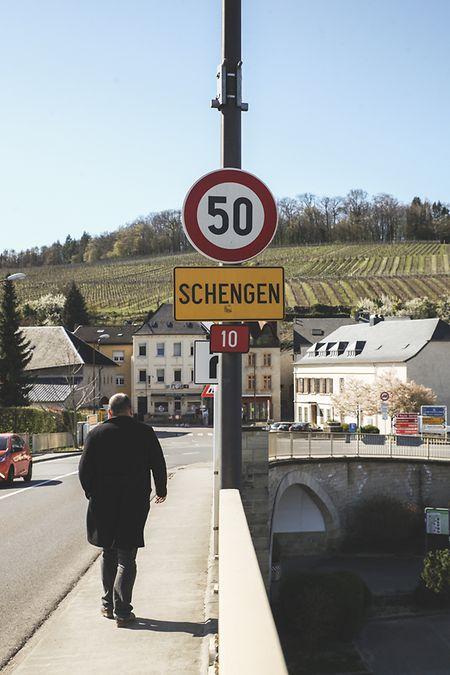 A entrada de Schengen pela ponte internacional.