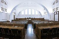 12.03.10 cite judiciaire gericht justice luxembourg, tribunal, illustration salle  photo. Marc Wilwert