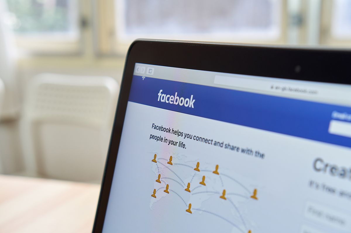 An EU code of practice for online platforms regarding disinformation is voluntary and lacks accountability, the ECA said