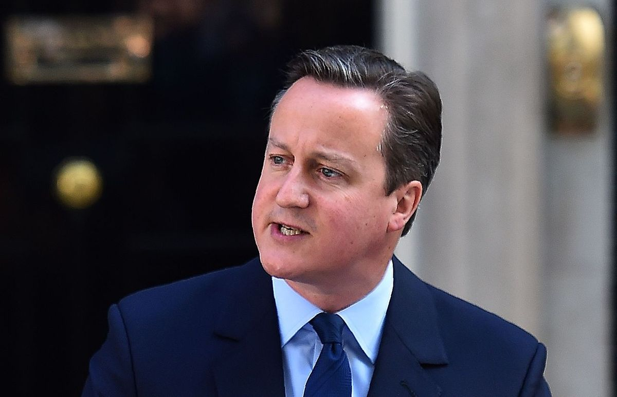 Zieht politische Konsequenzen: Premier David Cameron vor Downing Street, 10.