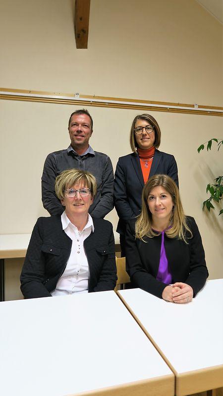 Nach dem Rücktritt von Carine Reuter-Bauler (unten links) wird Anne Logelin (unten rechts) in den Gemeinderat nachrücken. Schöffe wird im Herbst Mike Lorang (oben links).