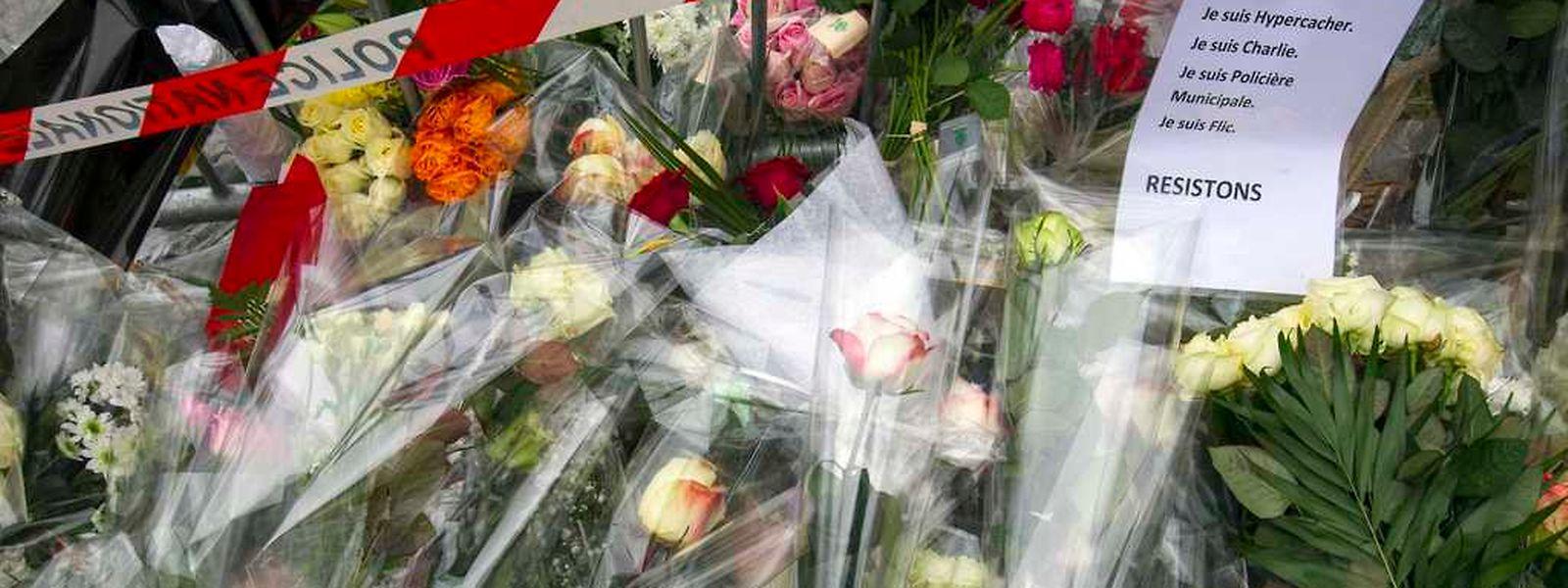 Die Franzosen trauern um die Opfer, sind aber auch froh, dass die Geiselnahmen beendet sind.