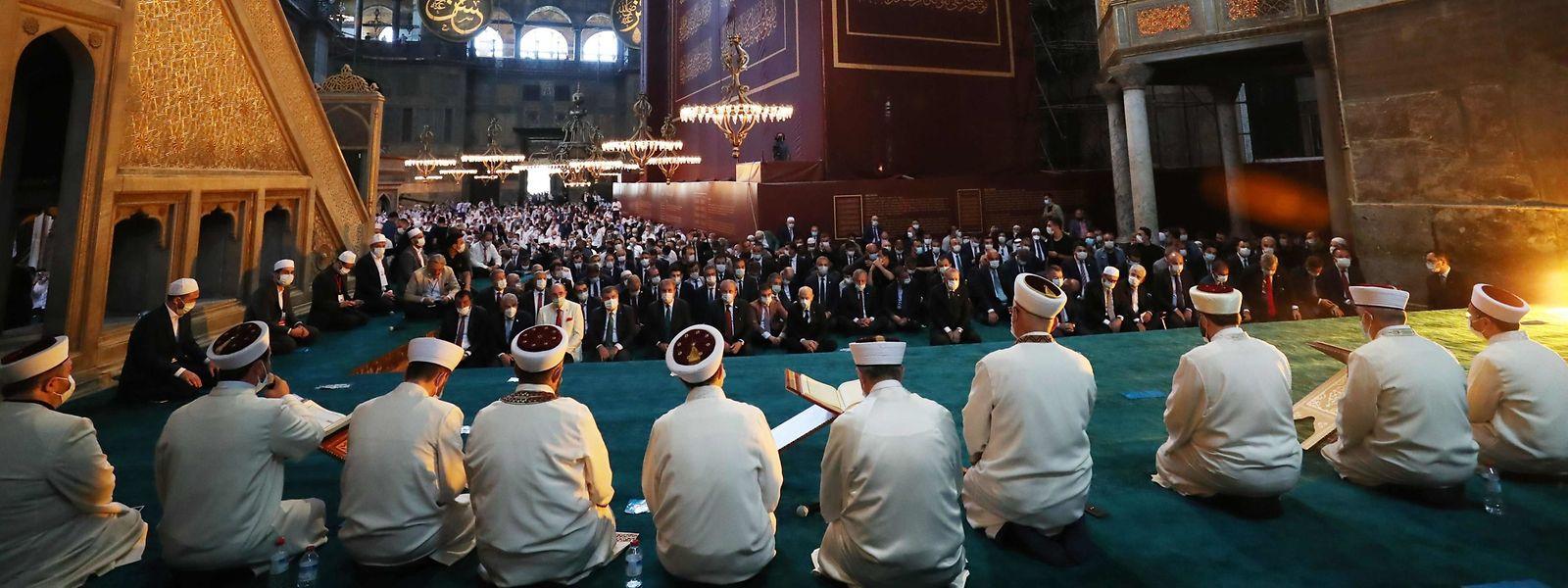 Tausende nahmen an dem Gebet teil.