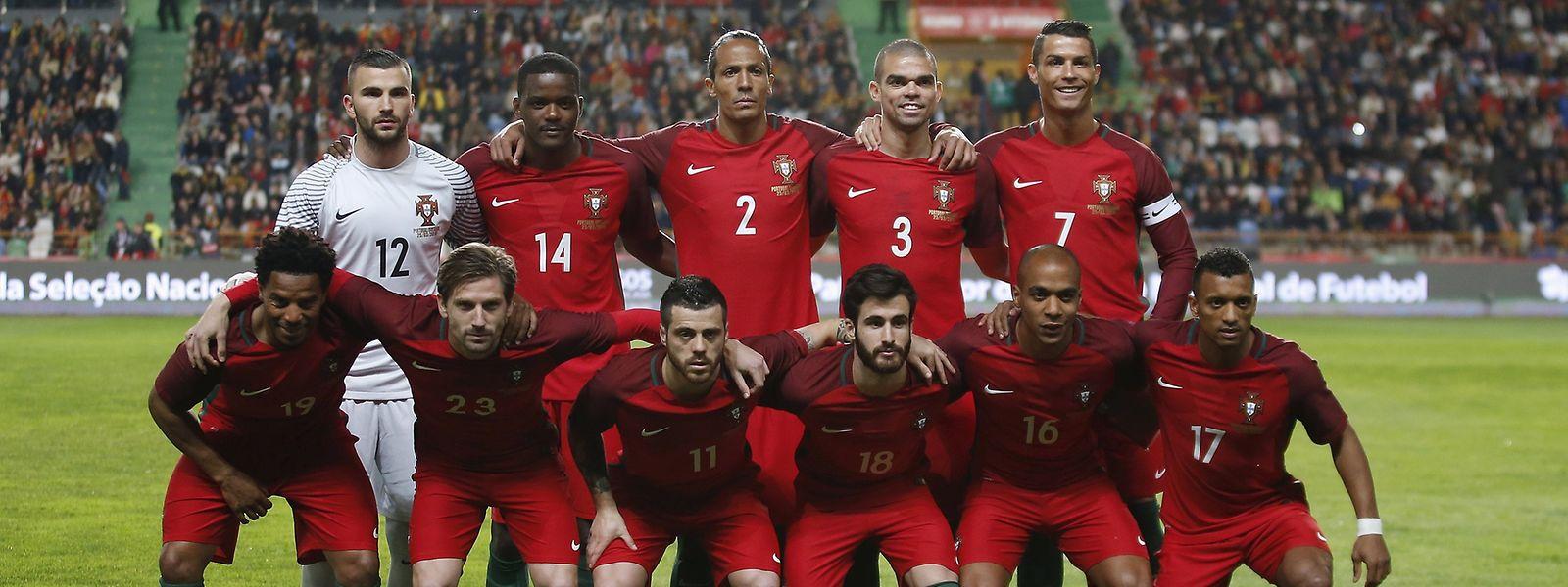 Portugal permanece entre o 'top 10' do futebol mundial