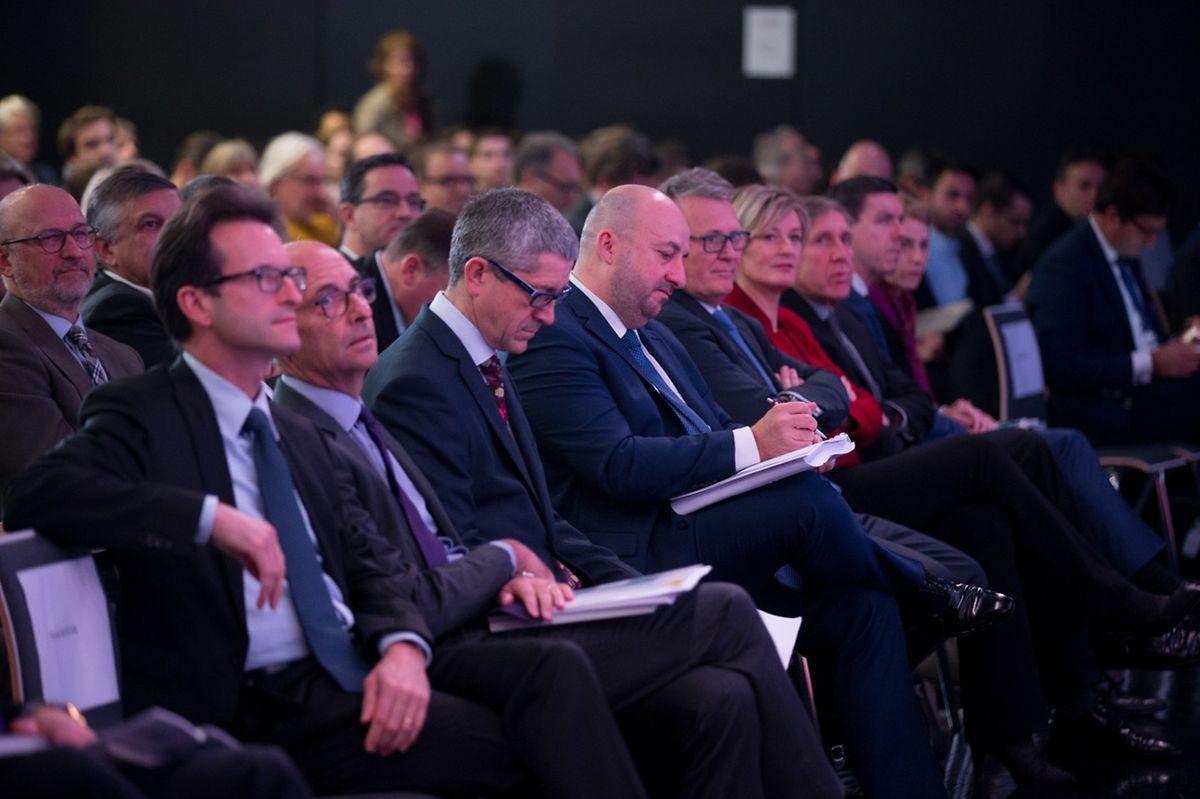 800 personnes ont assisté ce lundi à la présentation de l'étude stratégique.