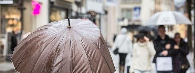 Am Samstag ist der Regenschirm in Luxemburg Pflicht.