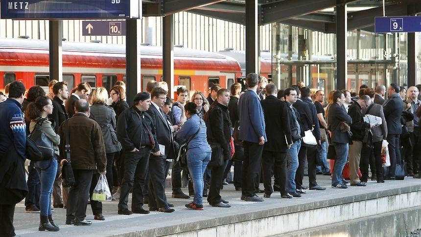 44 trains circulent en ce début de semaine sur les 56 prévus habituellement. Un retour à la normale très «progressif», comme l'avait prévu la SNCF.