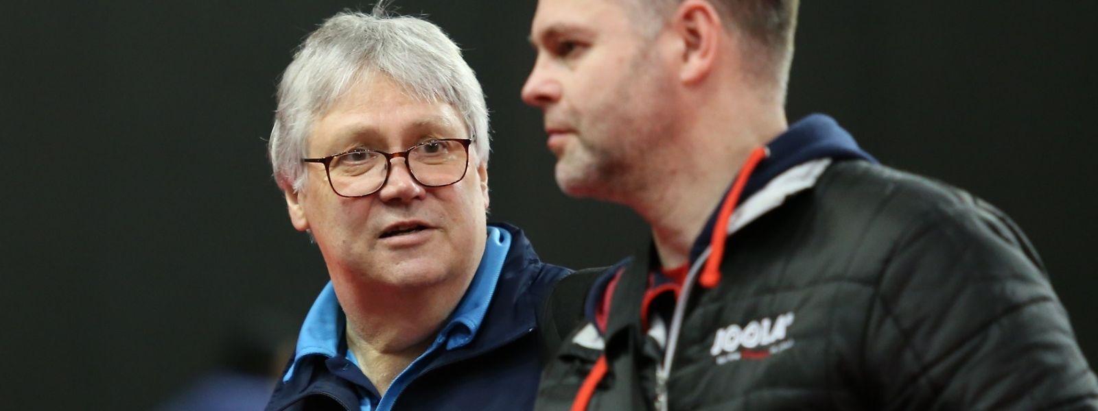 Gefragter Experte: Peter Engel (l., hier mit seinem tschechischen Trainerkollegen Josef Plachy) hat inseiner Karriere bereits in vielen Ländern gearbeitet.