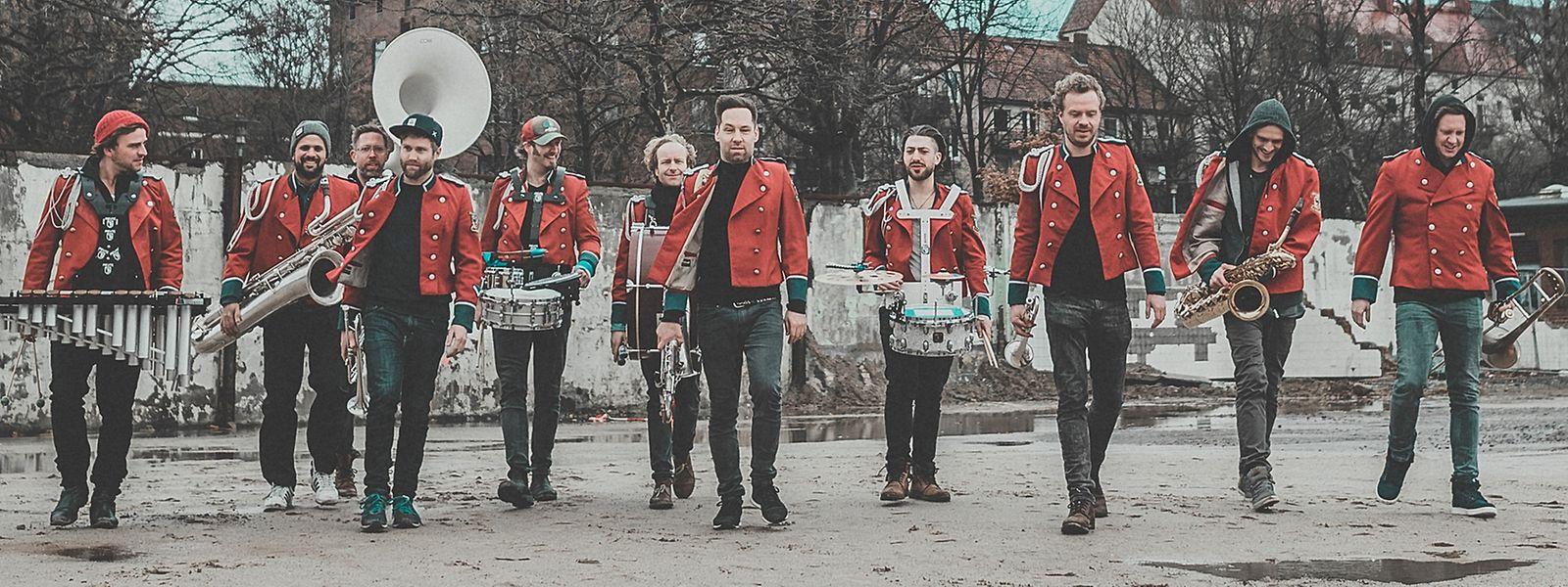 Die Band Meute wurde 2015 gegründet. Die Mitglieder sind alle professionelle Musiker.