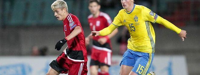Vincent Thill est sous le coup d'une suspension en cas de carton jaune. Mais débutera-t-il en Suède?