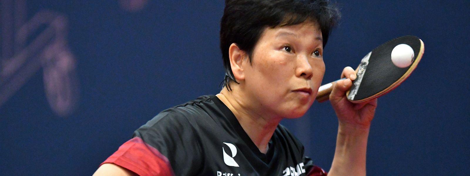 Ni Xia Lian schlägt zum fünften Mal bei den Olympischen Spielen auf.