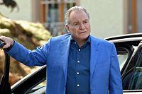 In der Jubiläums-Staffel muss Bürgermeister Wöller (Fritz Wepper) um sein Amt bangen. Seine Parteifreunde wolle ihn ausbooten.