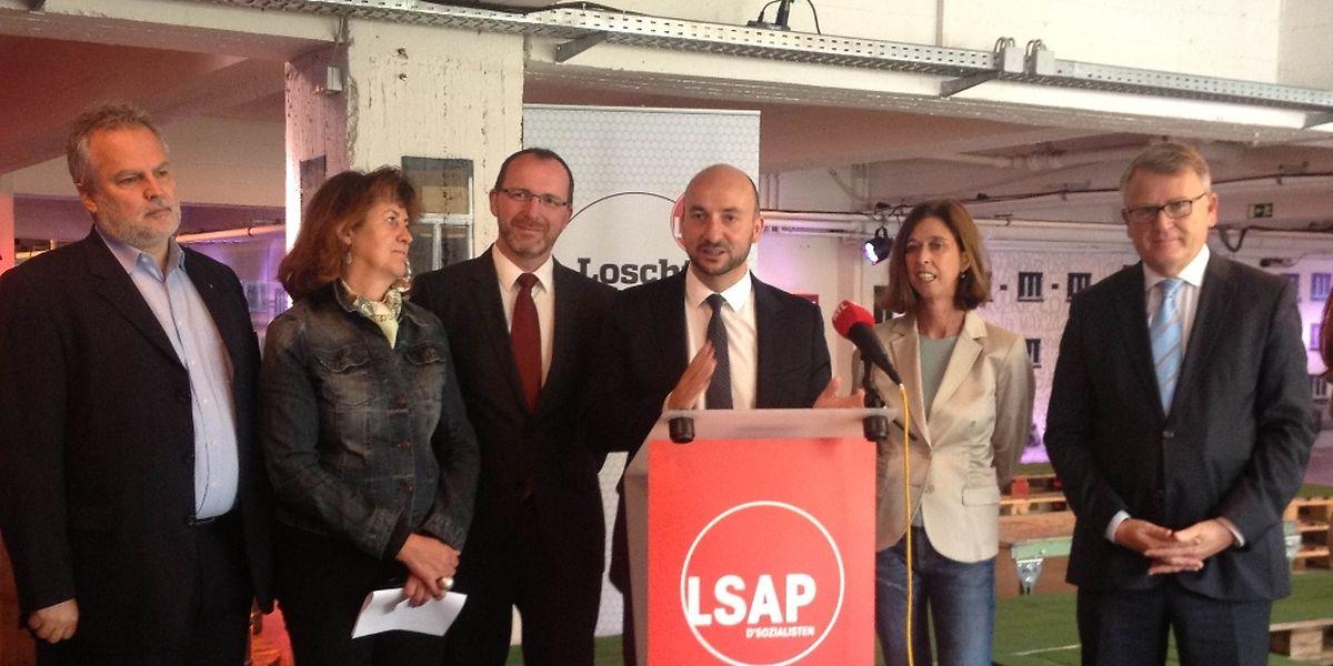 Das sozialistische Kompetenzteam um Spitzenkandidat Etienne Schneider
