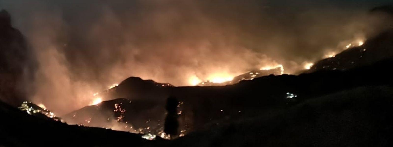 Besonders betroffen sind die Gemeinden Tejeda, Artenara und Gáldar südwestlich der Hauptstadt Las Palmas.
