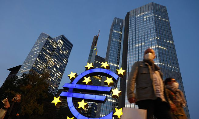ECB officials also reiterated a pledge to keep the €1.85 trillion stimulus programme running until March 2022 or later if needed