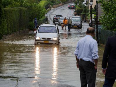 Überschwemmung in der Rue Josy Haendel in Alzingen.