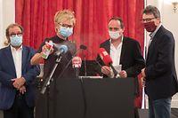 Die Oppositionsvertreter fordern Informationen, Klarheit und Transparenz von der Regierung, was den enormen Anstieg der Neuinfektionen betrifft.