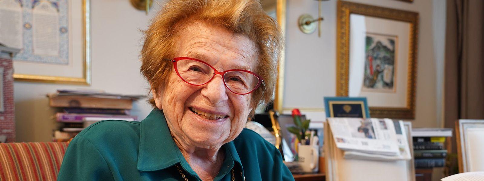 Immer noch topfit: Ruth Westheimer feiert am 4. Juni ihren 92. Geburtstag.