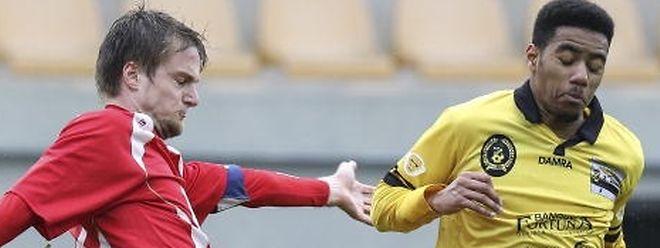 Sven Weirig (à g. , en rouge) quitte la PH et l'US Sandweiler pour rejoindre le FC Brouch, en D3, Série 2