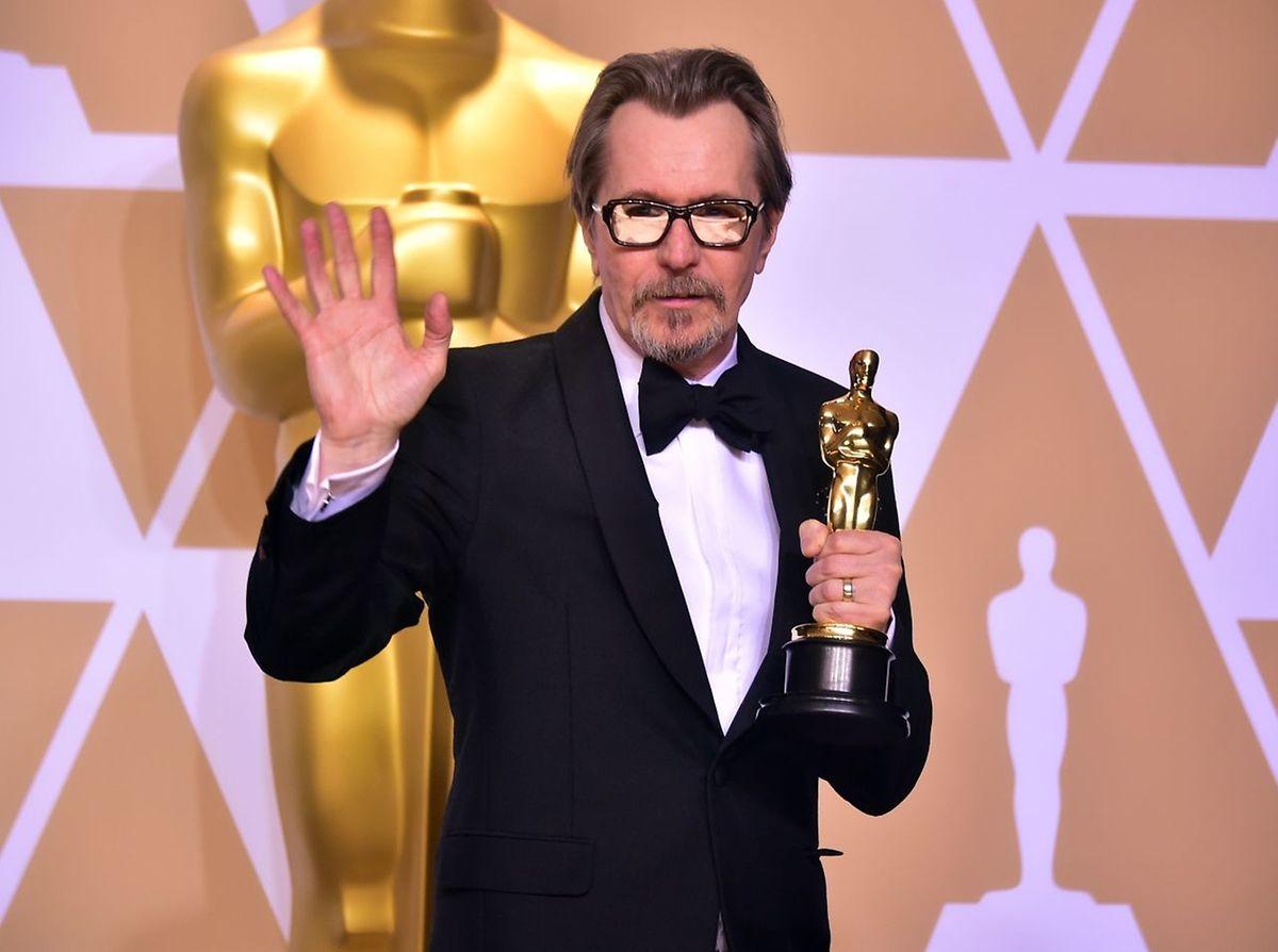"""Gary Oldman wurde mit dem Oscar für die beste männliche Hauptrolle im Film """"The darkest hour"""" ausgezeichnet."""