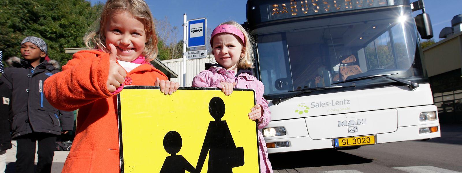 Sicherheit geht vor: Für den Transport von Grundschülern sind in Luxemburg die Gemeinden zuständig. Der Staat kümmert sich um die Beförderung der Lyzeumsschüler.