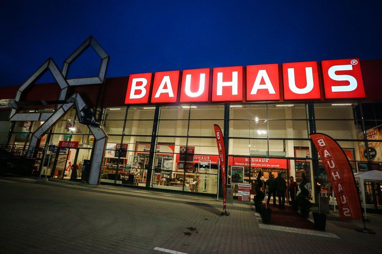 Le magasin cible surtout une clientèle luxembourgeoise mais s'intéresse aussi à toute la Grande Région.