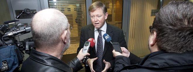Alex Bodry: Keine Kärtchen von aktuellen Abgeordneten