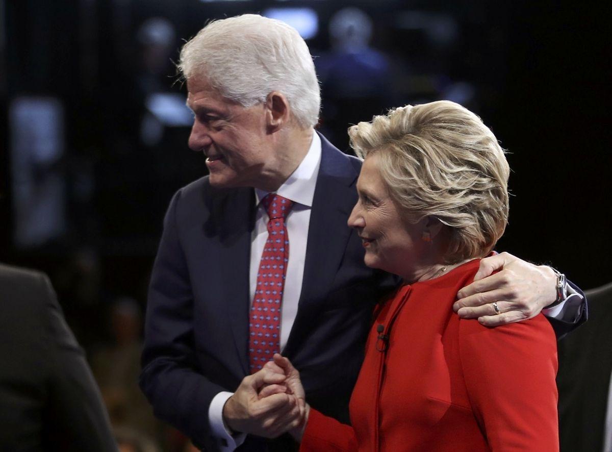 Bill Clinton unterstützte seine Frau.