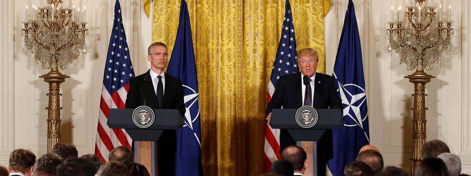 Donald Trump und Jens Stoltenberg bei der gemeinsamen Pressekonferenz.