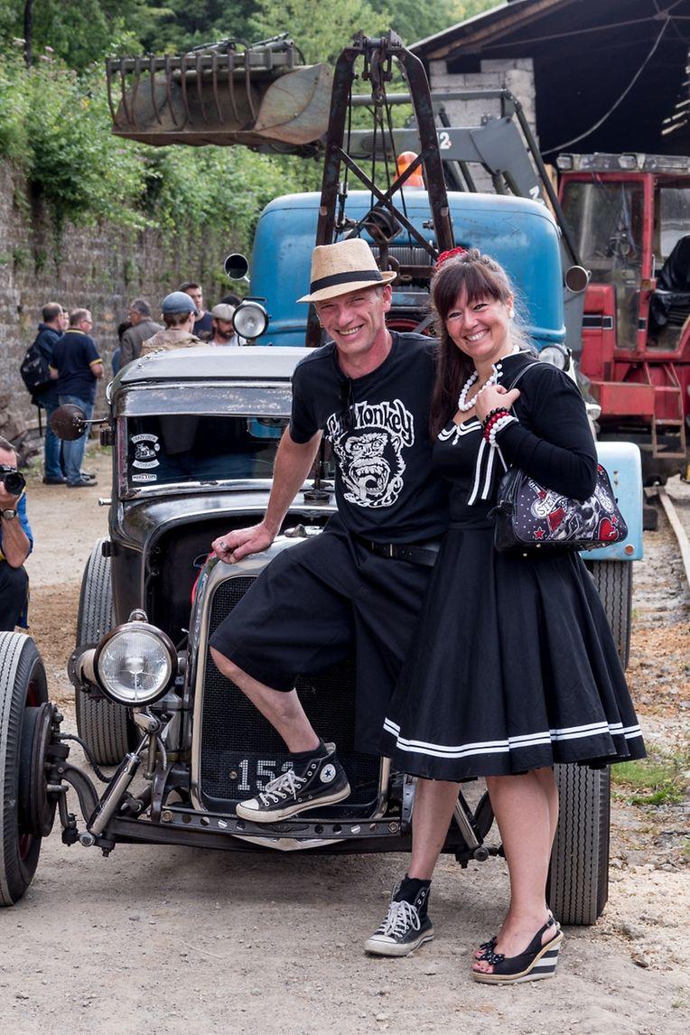 """Der """"Minett Park Fond-de-Gras"""" steht für altes Eisen und stampfende Lokomotiven. Am Sonntag verzauberten aber alte Autos, oder netter formuliert, Autoklassiker mit ihrem Charme die frühere Grubenstätte."""
