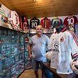 10.9. Sport / Dudelange / ITV Gianni Rhigetto , Düdelinger AC Milan Fan Foto:Guy Jallay