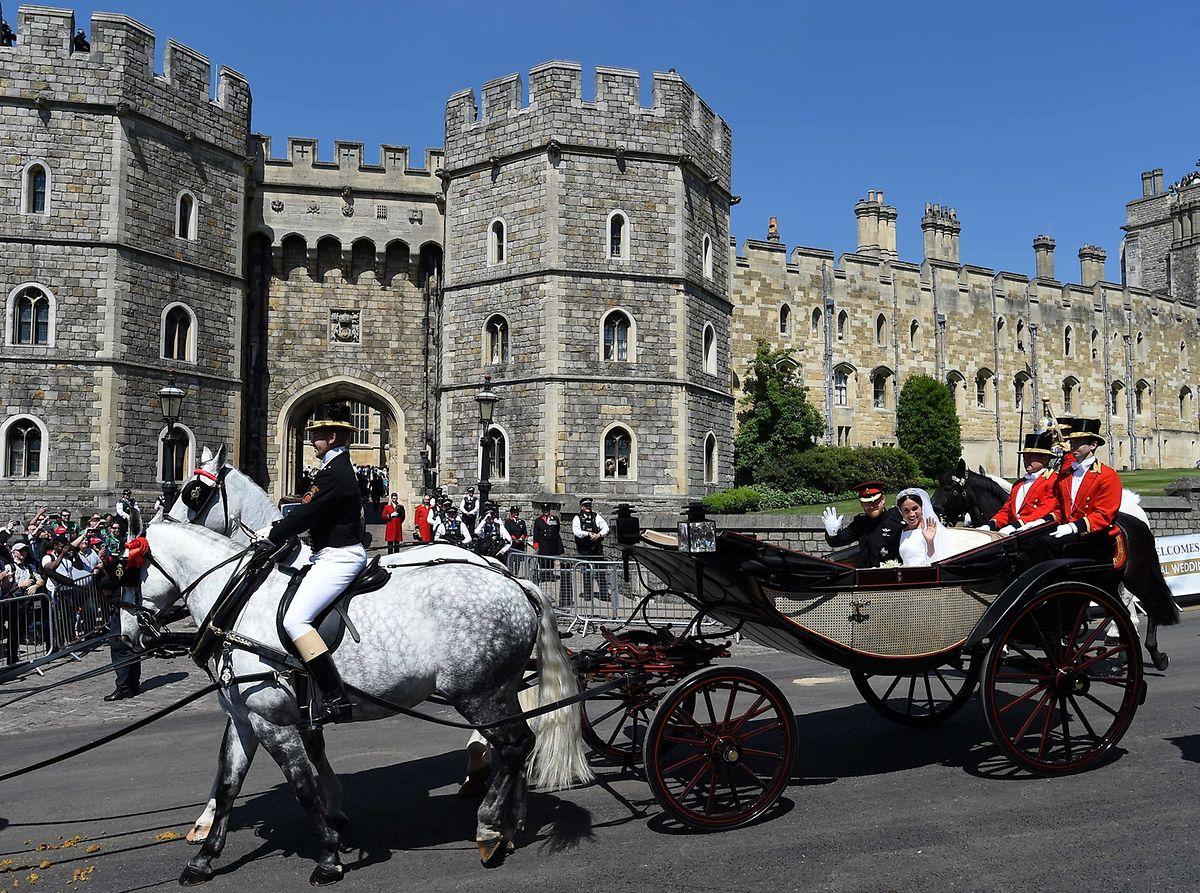 Wie schon Prinz Harry und Herzogin Meghan wollen auch Prinzessin Eugenie und Jack Brooksbank auf ihrer Hochzeit in einer Kutsche durch die Anlagen von Schloss Windsor und das nahe gelegene Dorf fahren.