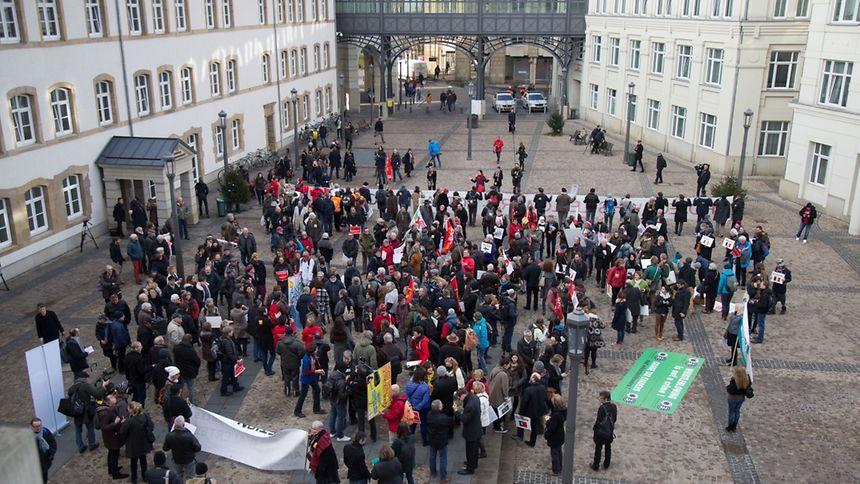 Une ambiance peu commune hier pour la cité judiciaire luxembourgeoise.