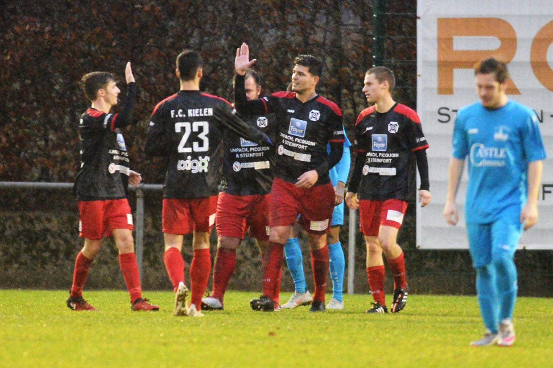 Les joueurs de Kehlen savourent elur succès 4-0 contre Useldange.