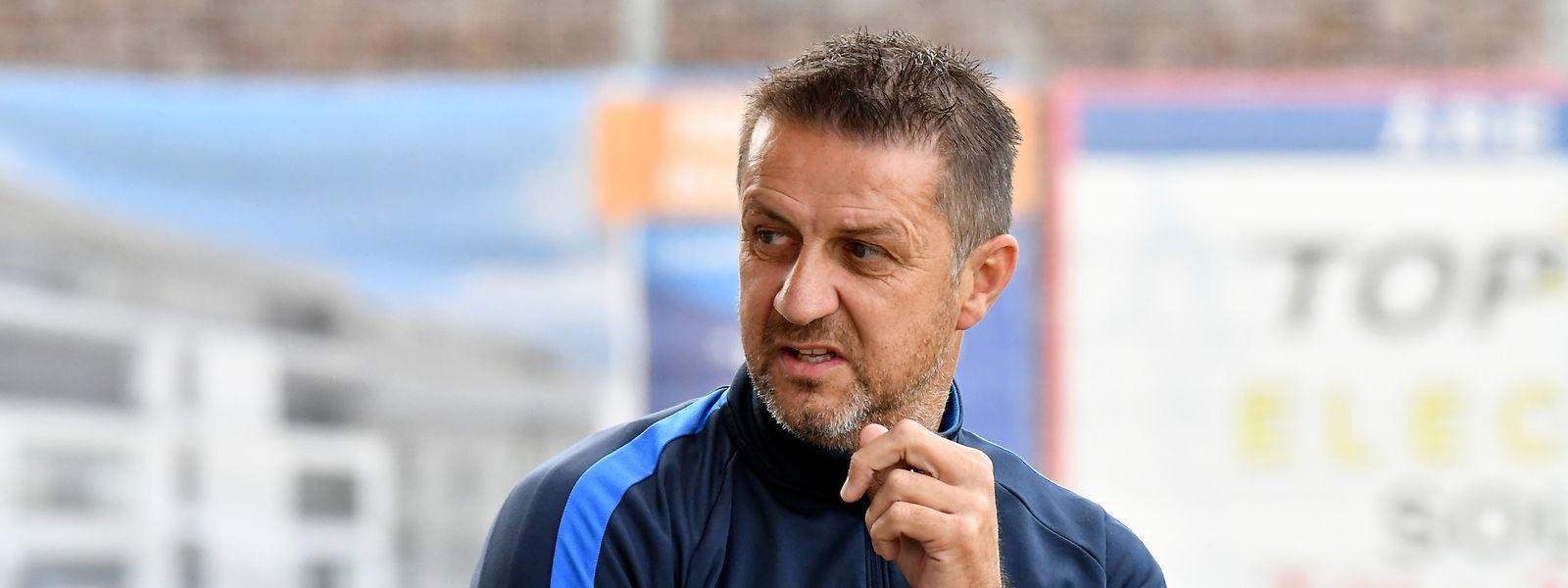 Claude Ottelé avait conduit Etzella en finale de la Coupe de Luxembourg la saison dernière et remporté la Coupe de la Ligue au mois de juillet.