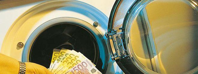 La traque au blanchiment d'argent est une pierre angulaire de la lutte contre le terrorisme
