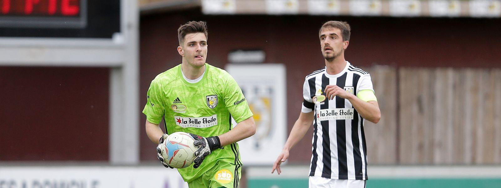 Jeunesse um Lucas Fox und Milos Todorovic (r.) verpasst wohl den Einzug in den Europapokal.