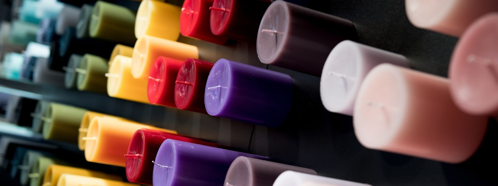 Die Art der Färbung von Kerzen hat keinen Einfluss auf die Qualität.