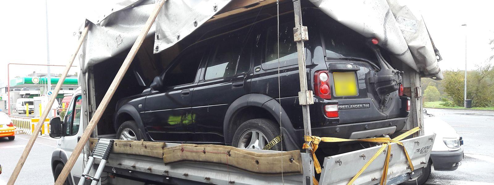 Ist die Ladung nicht richtig gesichert, fährt der Lastwagen erstmal nicht mehr weiter.