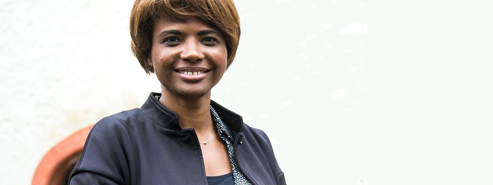Natalie Silva fez 38 anos no sábado e é formada em Relações Públicas, em Bruxelas.