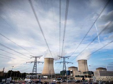 Mme Royal a précisé devant les députés français que c'est à l'Autorité de sûreté nucléaire de décider de la prolongation de l'exploitation des centrales nucléaires ou non.