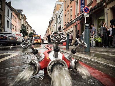 Uberschwemmung, Tom Dimaggio