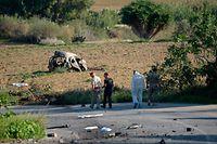 Galizias Auto wurde durch die Explosion in mehrere Teile zerrissen.